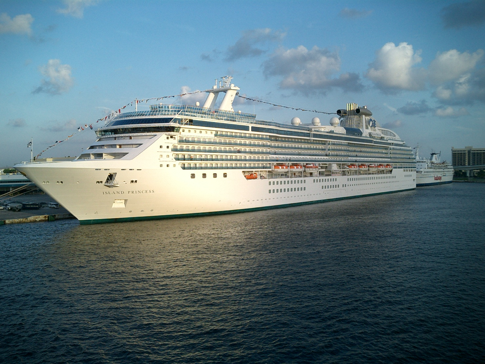 islandprincess5.jpg